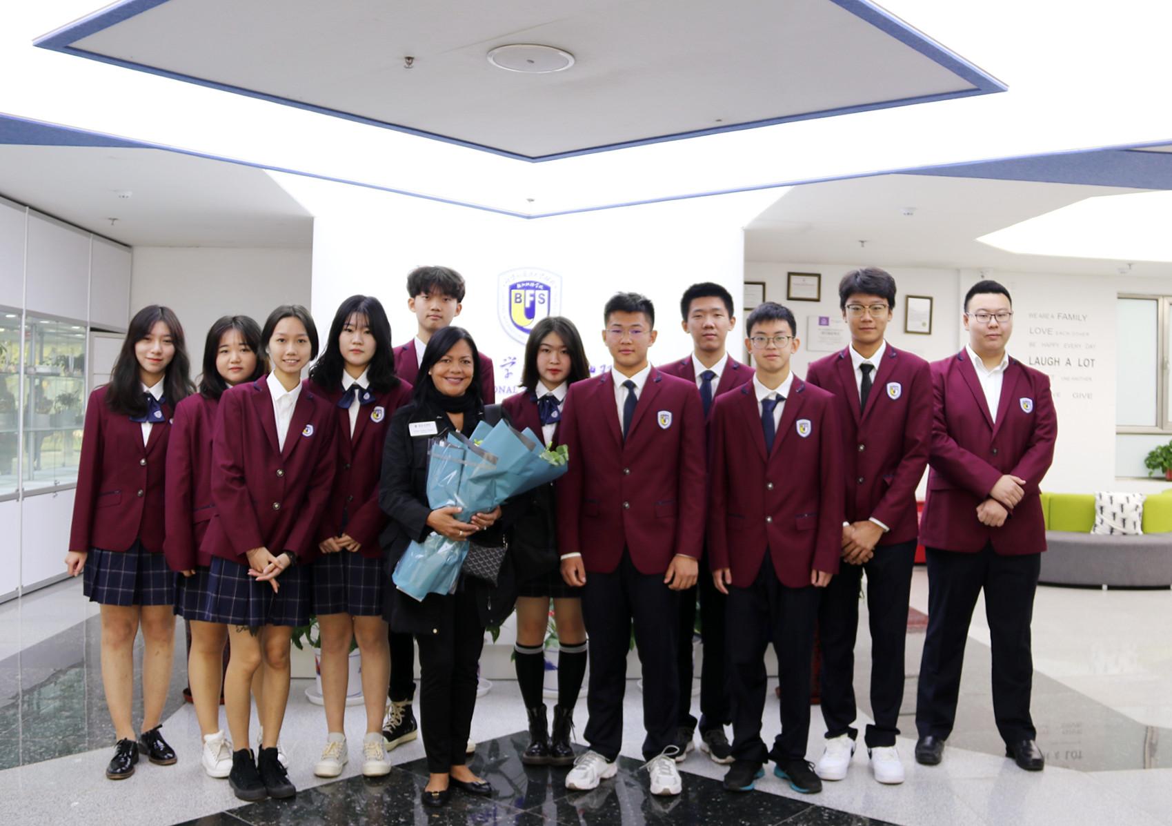 国际合作∣美国依隆大学国际招生部主任到访北京外国语大学国际高中访问交流